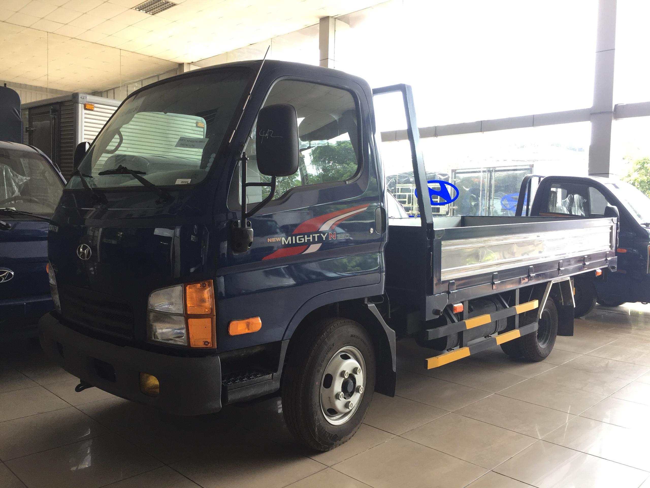 Hyundai N250SL Thùng Lửng 2.5 Tấn