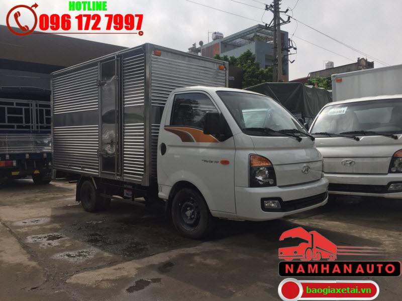 giá xe hyundai h150 mới nhất 2020